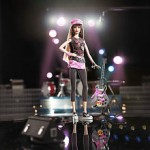 hard-rock-cafe-barbie-doll-275.jpg